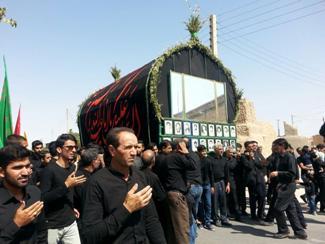 عزاداري مردم شهر ارسك در روز عاشورا