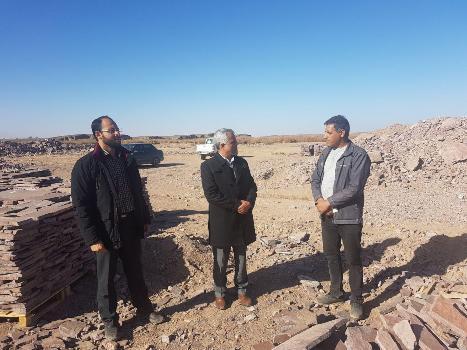 بازديد فرماندار شهرستان از معدن سنگ لاشه چاه ريسو  و  معدن كائولن بشرويه